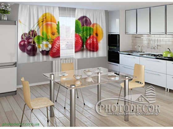 """Фото шторы для кухни """"Ягоды и фрукты"""""""