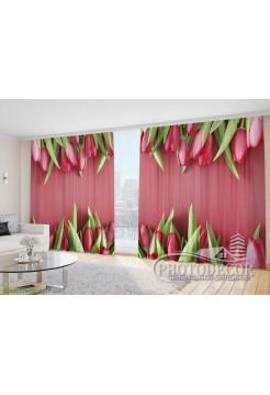 """Фото Шторы  для зала """"Тюльпаны на красном фоне"""""""